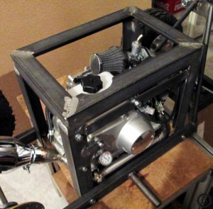 fahrende Bierkiste Tank montieren