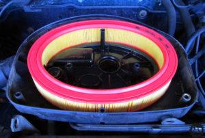 Golf III Luftfilterwechsel